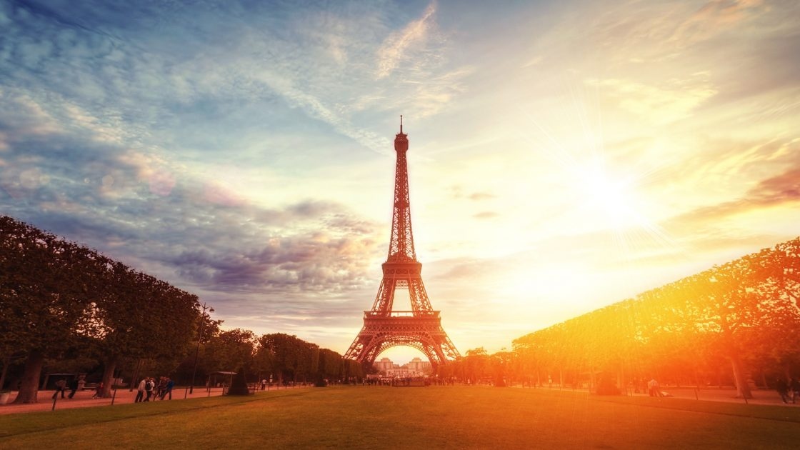 Eiffel Tower in Paris, France | Escape with These 4 Breathtakingly Beautiful European Books | Photo by Willian West on Unsplash